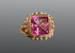 Elizabethan style 14ky and pink tourmaline ring